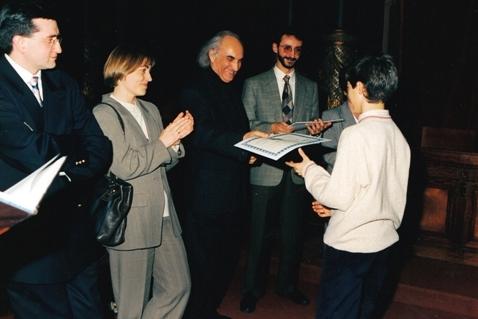 Entrega del 1er. Premio en el Concurso Internacional de piano Ciudad de San Sebastián con los miembros del jurado, 1997