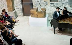 """Presentación del Catálogo razonado de Chillida, interpretando las Variaciones """"Goldberg"""" de J. S, Bach, 2014"""