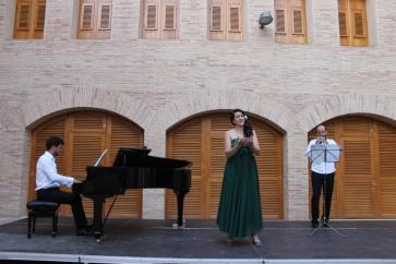 """Con el Trio Easo en las """"Rondas de Verano"""" del castillo de Marcilla, 2013"""